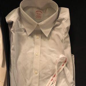 New w/tags blue white striped button down shirt